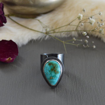 Wild Petal Ring / Natural Blue Gem Mine Turquoise & Sterling Silver Ring / Boho Jewelry / Rare Turquoise Stone / Fits US Size 5 1/4