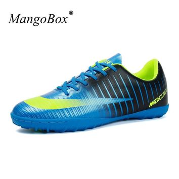 2018 New Mens Indoor Soccer Trainers Boys Children TF Football Sneakers Blue Silver Turf Soccer Boots Leather Men Cleats