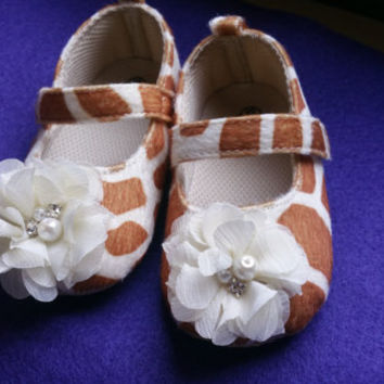 Brown Baby Shoes,White baby shoes, Flat Baby Shoes,Christening baby shoes, baby girl crib shoes, giraffe baby shoes, Wedding, Ready to ship