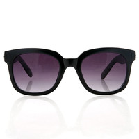In Vogue Sunglasses | Trendy Sunglasses at Pink Ice