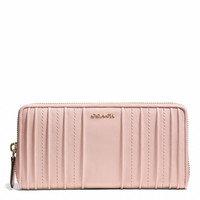 MADISON ACCORDION ZIP WALLET IN PINTUCK LEATHER
