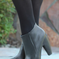 Strut Your Stuff Booties - Black