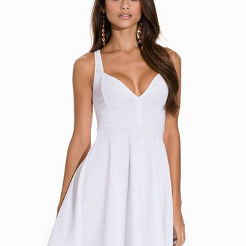 Sweetheart Neckline Skater Dress, NLY One