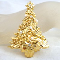 Vintage Christmas Tree Pin Faux Pearls Rhinestone & Bow