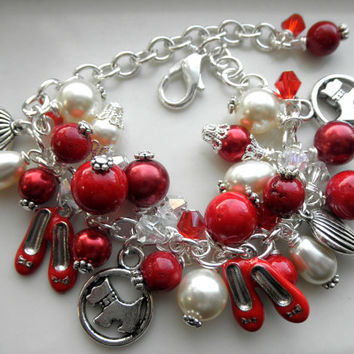 "A "" Wizard of Oz"" Inspired Chunky Charm Bracelet-Ruby Red Slippers-Hot Air Balloon-Toto-Red Coral and Cream  Adjustable Bracelet for Gift"