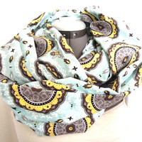 Infinity Scarf // Bee and honeycomb