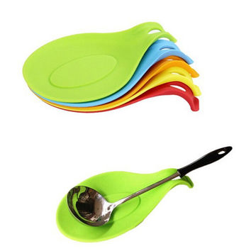 New Silicone Spoon Insulation Mat Rest Spatula Holder Heat Resistant Placemat Fork Pad Tray Kitchen Tools Coaster