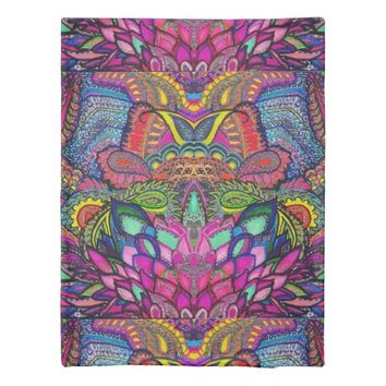 "Illusion Totem Pole Duvet Cover ""Kaleidoscope"""