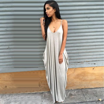 Women's Gray Scoop Neck Strappy Flowy Pleated Long Maxi Dress with Pockets