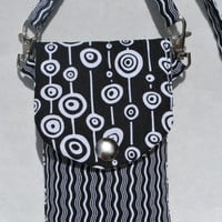 Cell Phone Purse Cross Body Shoulder Bag Fits iPhone 5S/iPhone 5C Black White Graphic