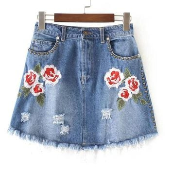 Casual Floral Embroidery Solid Pockets Denim Skirt