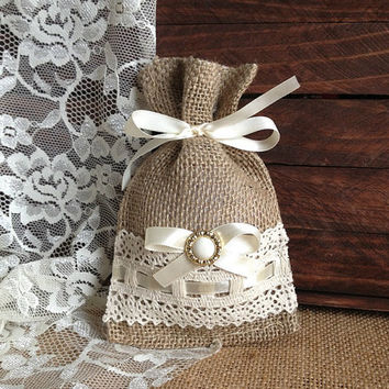 lace covered burlap favor bag, wedding, bridal shower, tea party gift bag
