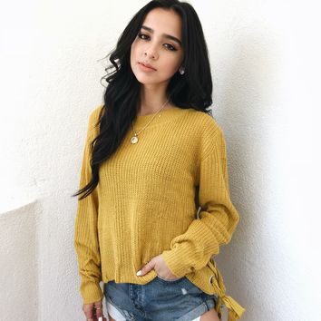 ANNETTE LIGHTWEIGHT SWEATER- MUSTARD