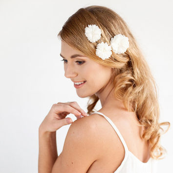 Romantic Chiffon Flower Hair Pin Set with Lace Details - White, Soft white, Ivory, Champagne