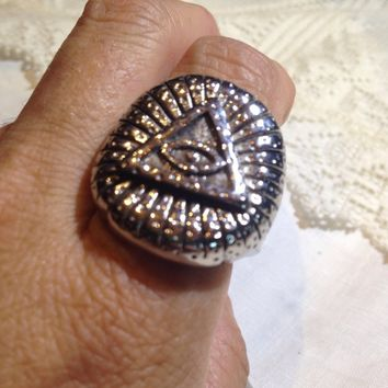 Vintage 1980's Gothic Silver Stainless Steel Illuminati Eye Pyramid Men's Ring