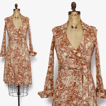 Vintage 70s DVF Iconic Wrap Dress / 1970s Plunging Neckline Brown & Ivory Moire Swirl Pattern