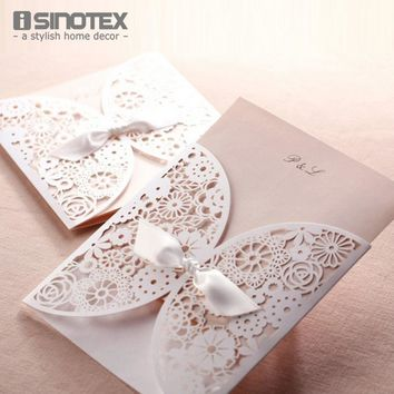 25 pcs/lot Hollow Laser Cut Wedding Invitations Card With Envelope