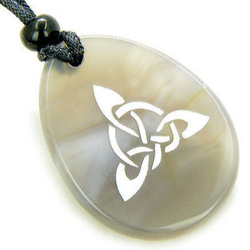 Magic Celtic Triquetra Knot Amulet Natural Agate Stone Necklace