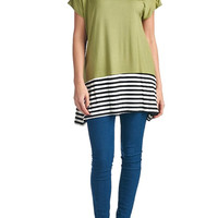 82 Days Women'S Rayon Short Sleeves Loose Fit Tunic With Stripe Contrast - Solid