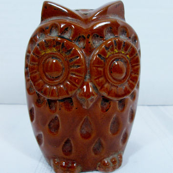 Large Vintage Owl Single Salt and Pepper Shaker Terracotta