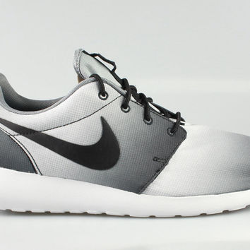 Nike Men's Roshe Run Print Eclipse