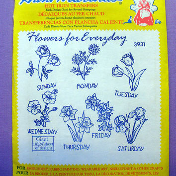 "Aunt Martha's ""Flowers for Everyday"" Hot Iron Transfer Pattern 3931 for Embroidery, Fabric Painting, Needle Crafts"
