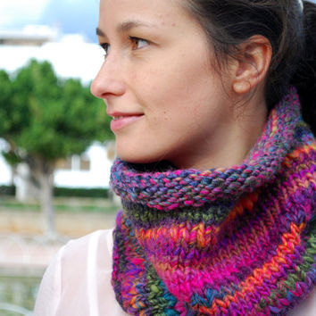 Chunky wool neck, winter purple cowl, pink fall scarf, wool infinity scarf, Christmas gift. Multicolor scarf. Winter accessories.