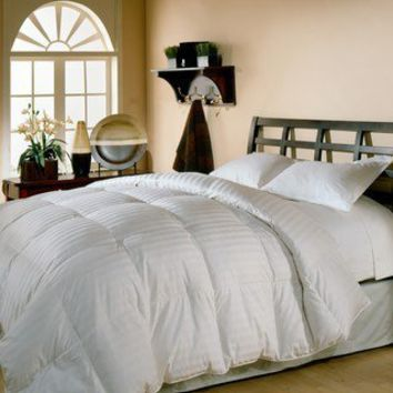 Oversized 500 Thread Count Damask Stripe White Down Comforter | Overstock.com