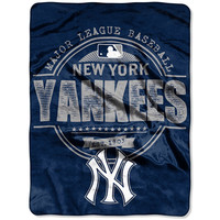 New York Yankees Structure Micro 46'' x 60'' Raschel Throw Blanket - MLB.com Shop