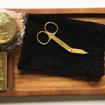 Bamboo rolling tray , gold grinder , scissors & lighter included