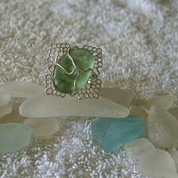 Green sea glass ring. Sea glass jewelry.