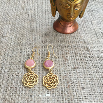 Gold Plated Rose Pink Quartz Earrings, Rose Quartz Earrings, Boho Earrings, Gold Plated Rose Earrings, Pink Earrings, Quartz Earrings