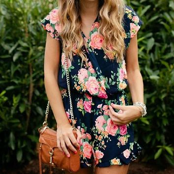 Women Playsuits Summer Sexy Deep V-Neck Floral Printed Short Sleeve Female Jumpsuit Loose Casual Fashion Leisure Romper Harajuku