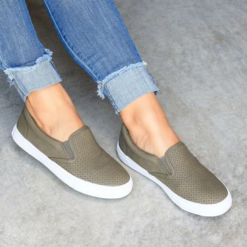 Tracer Slip-On Olive Sneakers