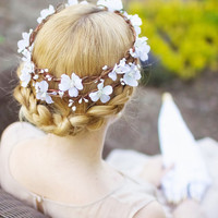 white flower bridal hair wreath wedding headpiece by thehoneycomb