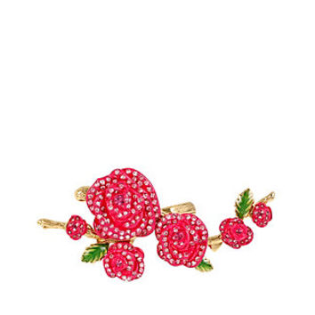 HOLIDAY PARTY FLOWER RING: Betsey Johnson