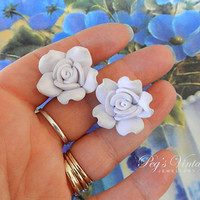 Vintage White Rose Flower Earrings//Pierced Stud Flower Earrings// Resin Plastic Shabby Chic Earrings