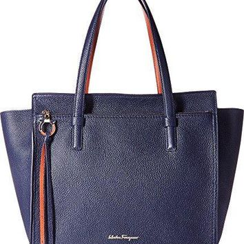 Salvatore Ferragamo Womens Amy 21f215