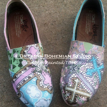 Hand Painted TOMS Beautiful Crosses pastels silver and gold with BLiNg TOMS included