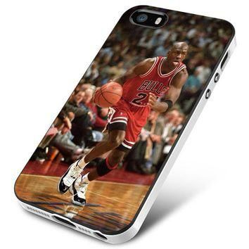 Chicago Bulls (jordan tag) shoot iPhone 5 | 5S | 5SE Case Planetscase.com