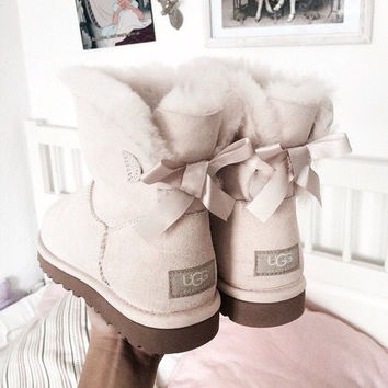 """UGG"" Women male Fashion Wool Snow Boots side edge bowknot Sand white"