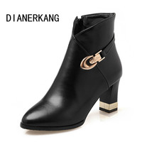 Size 34-43 New 2016 Autumn Fashion Martin Boots Women Casual Leather Boots Pointed Toe Buckle Warm Plush Women Ankle Boots L45