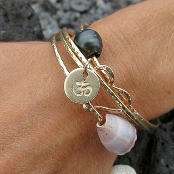 OM Symbol Bangle, Gold Hammered Bracelet, Yoga Jewelry, Hand Stamped Jewelry, Charm Bracelet