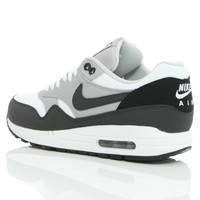 Nike Air Max 1 Essential White/Anthracite 537383-100 | Free UK Shipping and Returns