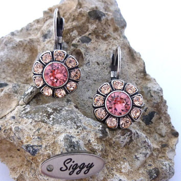 Light Peach Swarovski crystal earrings, daisy flower, drop lever backs, wedding/bridesmaids gift, Siggy crystal earrings