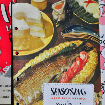 1950s Vintage Cookbook Booklet. Seasoning Makes the Difference by Carol French. Published by RT French. Vintage Paper Ephemera. Color Photos