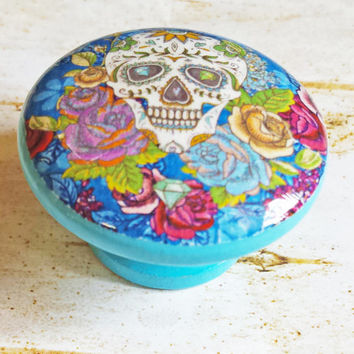 Sugar Skull and Flowers Knob Drawer Pulls, Birch Wood, Colorful Floral Cabinet Pull Handles, Skeleton, Day of the Dead, Made to Order