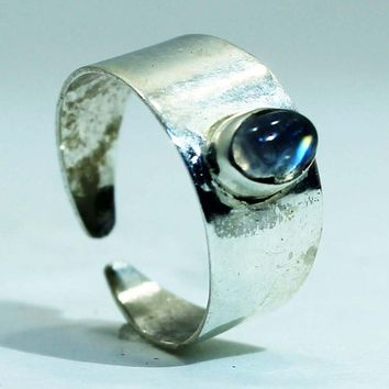 Sterling Silver Toe Ring with Rainbow Moonstone