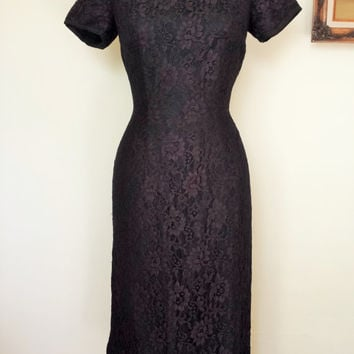 Vintage 1950s Black Lace Dress / 50s Wiggle Dress / 1950s Black Wiggle Dress / Vintage Little Black Dress / Cap Sleeve / 50s Cocktail Dress