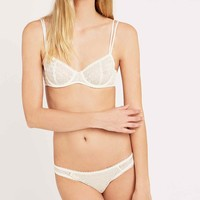 Gia Geo Lace Underwire Bra in Ivory - Urban Outfitters